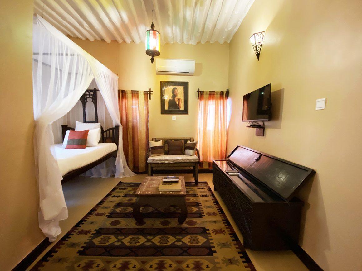 African Queen Suite
